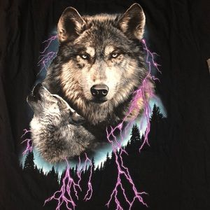 Other - wolf vintage like tee shirt 🐺